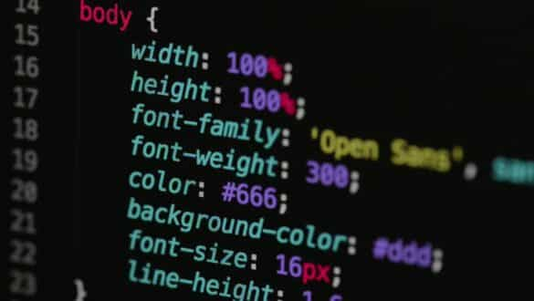 ANKET: CSS PROGRAMLAMA DİLİ GİBİ OLMALI MI?